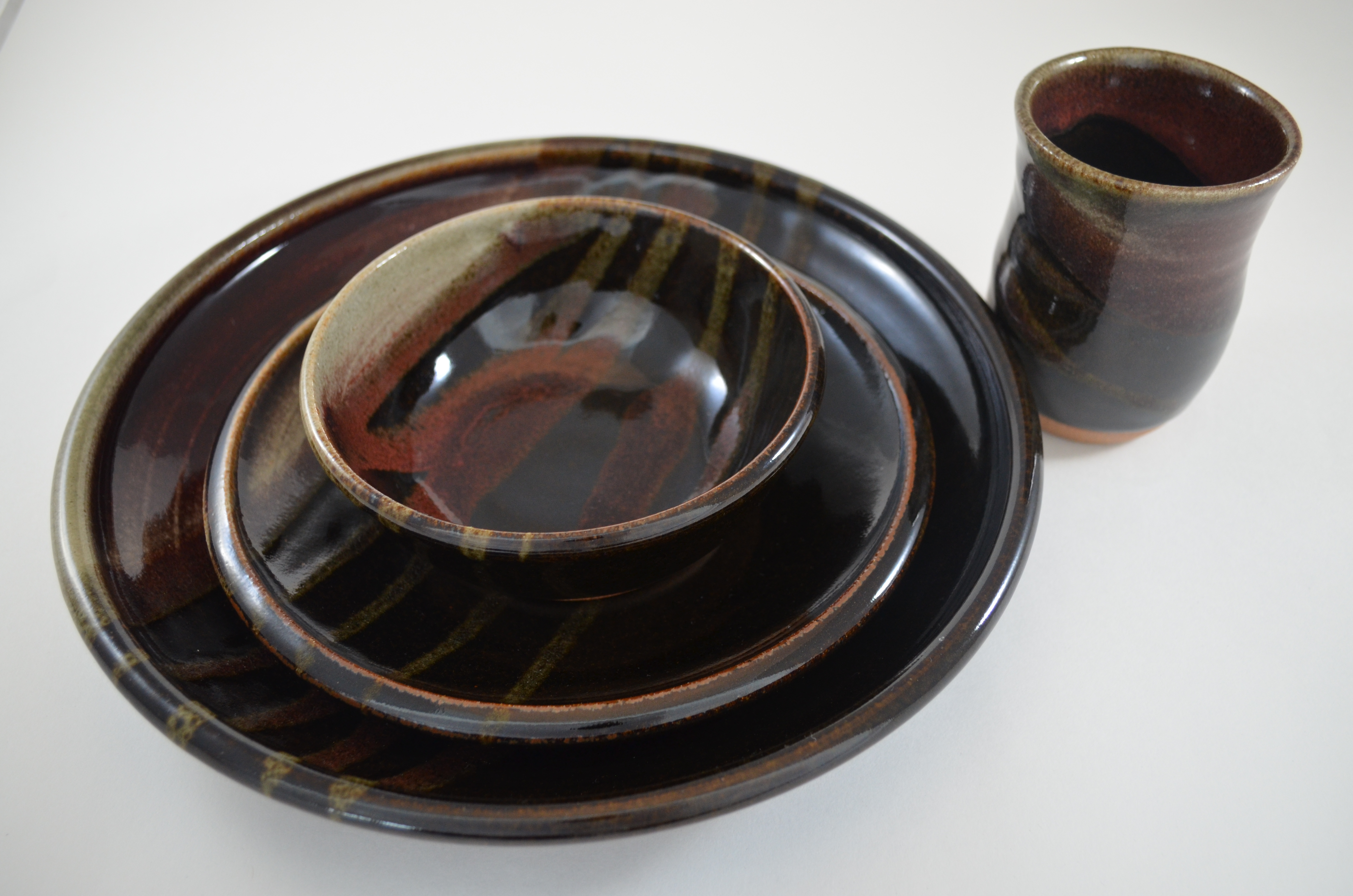 Set of dinnerware, pottery by Kylie Rieke